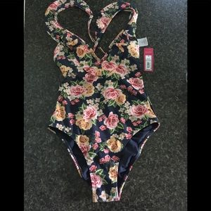Xhilaration floral one piece swimsuit NWT small